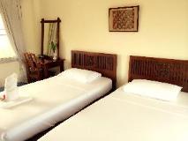 Lalco AK Hotel: interior