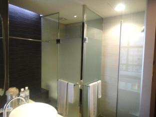 At Boutique Hotel Taipei - Bathroom