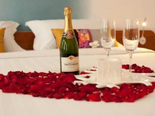 Lebiz Hotel & Library Phnom Penh - Honeymoon Set Up