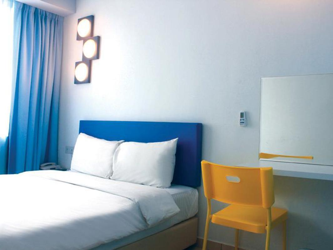 YY38ホテル3