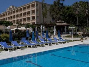/hotel-corfu-palace/hotel/corfu-island-gr.html?asq=5VS4rPxIcpCoBEKGzfKvtBRhyPmehrph%2bgkt1T159fjNrXDlbKdjXCz25qsfVmYT