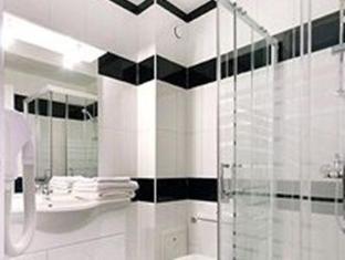 Luxelthe Hotel Parijs - Badkamer