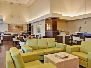 /homesuites-by-d3h/hotel/regina-sk-ca.html?asq=jGXBHFvRg5Z51Emf%2fbXG4w%3d%3d