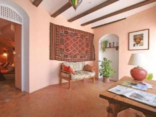 /hotel-la-casa-del-califa/hotel/vejer-de-la-frontera-es.html?asq=jGXBHFvRg5Z51Emf%2fbXG4w%3d%3d
