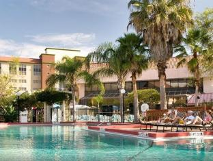 /lv-lv/allure-resort-orlando-international-drive/hotel/orlando-fl-us.html?asq=5VS4rPxIcpCoBEKGzfKvtE3U12NCtIguGg1udxEzJ7nZRQd6T7MEDwie9Lhtnc0nKViw1AnMu1JpKM9vZxUvIJwRwxc6mmrXcYNM8lsQlbU%3d