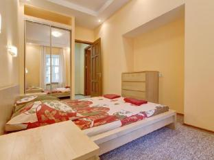 STN Apartments on Rubinsteina