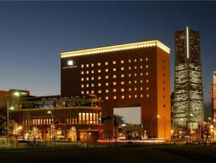 /es-es/navios-yokohama/hotel/yokohama-jp.html?asq=vrkGgIUsL%2bbahMd1T3QaFc8vtOD6pz9C2Mlrix6aGww%3d