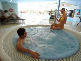 Intercontinentals And Resorts Prague Prague - Swimming Pool