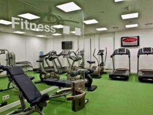 Adina Apartment Hotel Berlin Hackescher Markt Berlin - Fitness Salonu