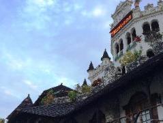 Tropicana Castle Dive Resort | Philippines Budget Hotels