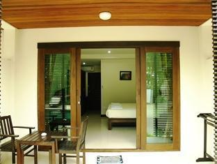 Ampha Place Hotel Samui - Suite Room