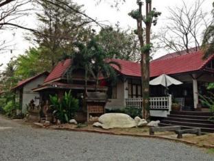 /the-old-palace-resort/hotel/ayutthaya-th.html?asq=jGXBHFvRg5Z51Emf%2fbXG4w%3d%3d