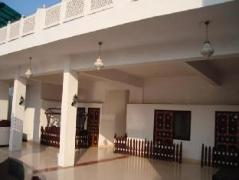 Hotel in India | Hotel Daawat Palace