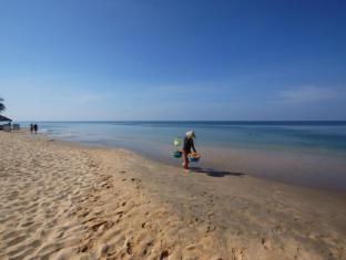 Thien Thanh Resort Phu Quoc Island - Beach