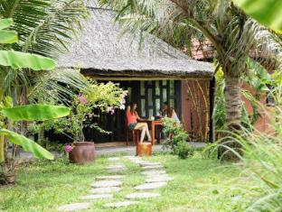 Mai Spa Resort Phu Quoc Island - Hotellet från utsidan