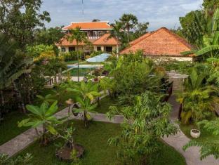 Au Cabaret Vert Hotel Battambang - View
