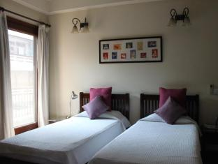Saket Bed and Breakfast New Delhi and NCR - Standard Twin