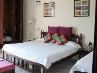 Saket Bed and Breakfast New Delhi and NCR - Deluxe Room