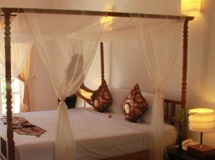 Frangipani Villa Hotel Siem Reap - Deluxe Room