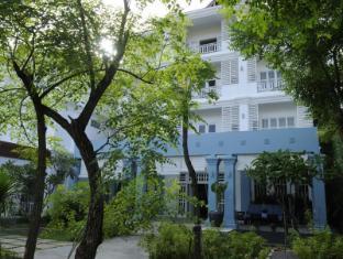 Frangipani Villa Hotel Siem Reap - Exterior