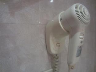M Chereville Hotel Manila - Hairdryer