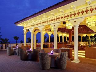 Centara Grand Beach Resort Phuket Phuket - Luna Night Extertainment Bar