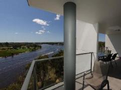 Swan Riverside Luxury Apartment | Australia Budget Hotels