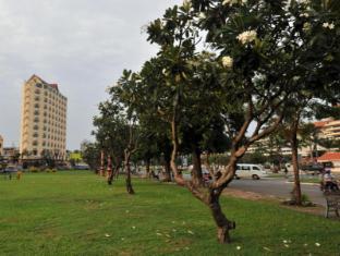 Landscape Hotel Phnom Penh - Interior