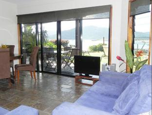 Airlie Waterfront Bed and Breakfast Whitsunday Islands - Phòng khách