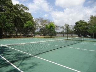 Habarana Village by Cinnamon Sigiriya - Tennis Court