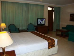 Riyadi Palace Hotel Solo (Surakarta) - Deluxe Room
