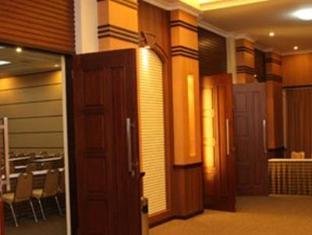 Riyadi Palace Hotel Solo (Surakarta) - Meeting Room