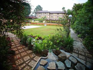 Hotel Tropika Davao - Jardin