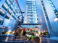 Radisson Suites Bangkok Sukhumvit | Thailand Budget Hotels