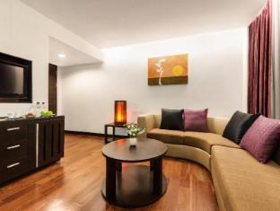 Radisson Suites Bangkok Sukhumvit Bangkok - Guest Room