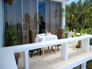 Amihan Villa Puerto Galera - Balcony/Terrace