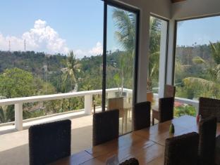 Amihan Villa Puerto Galera - Suite Room