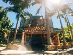 Hotel in Philippines Puerto Galera   Hollywood Palm Beach Resort