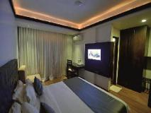 Sinq Beach Resort: guest room