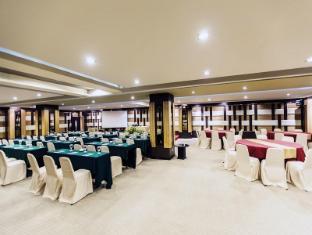 Orchardz Jayakarta Hotel Jakarta - Meeting Room