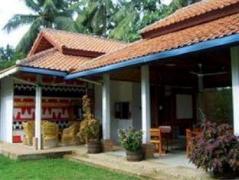 Satwa Elephant Eco Lodge | Indonesia Hotel