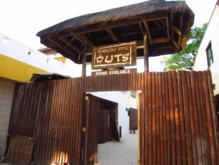Boracay Pito Huts Resort