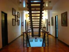 Philippines Hotels | Potter's Ridge Tagaytay Hotel