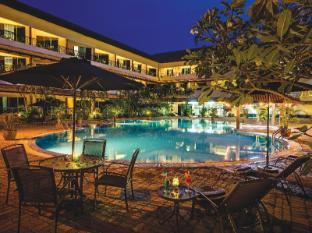 /ms-my/the-qamar-paka-resort/hotel/terengganu-my.html?asq=jGXBHFvRg5Z51Emf%2fbXG4w%3d%3d