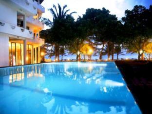 /fi-fi/oasey-beach-hotel/hotel/bentota-lk.html?asq=vrkGgIUsL%2bbahMd1T3QaFc8vtOD6pz9C2Mlrix6aGww%3d