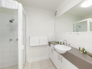 Parkview Apartments Brisbane - Bathroom
