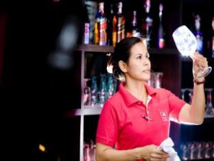 Casa Del M Hostel Phuket - Bar
