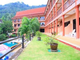 Casa Del M Hostel Phuket - Hotel Exterior