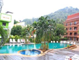 Casa Del M Hostel Phuket - Swimming Pool