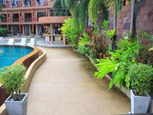 Casa Del M Hostel Phuket - Surroundings